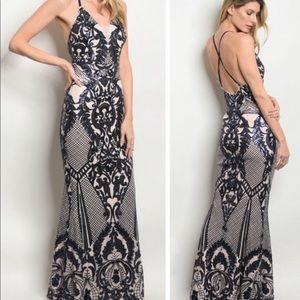Dresses & Skirts - 🎉🆕 LAST! 8-10 L Navy Sequin nude formal